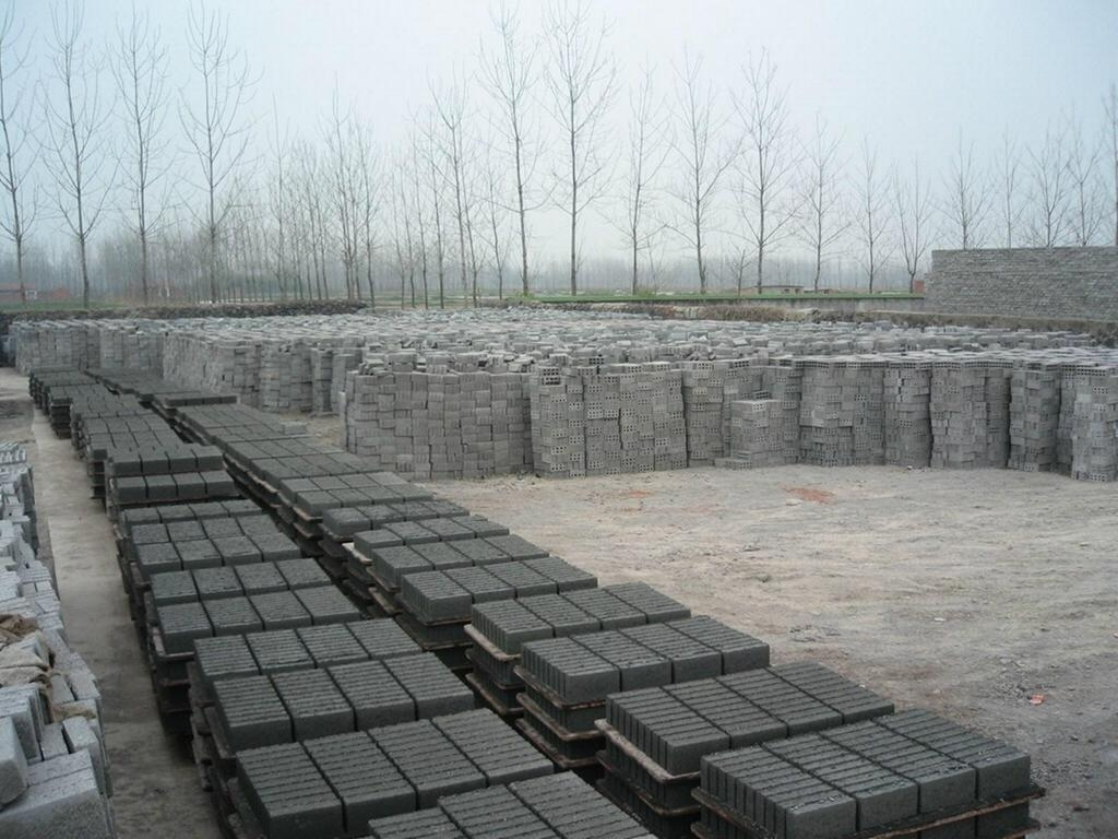 Concrete brick or unburned brick