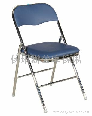 仿皮摺椅 3