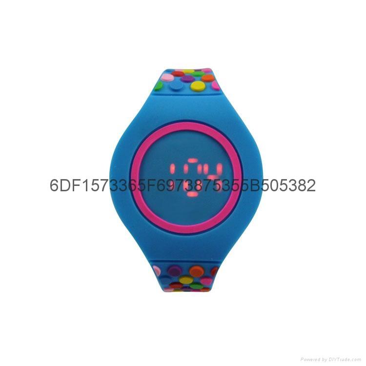 新款時尚超薄LED手錶 3