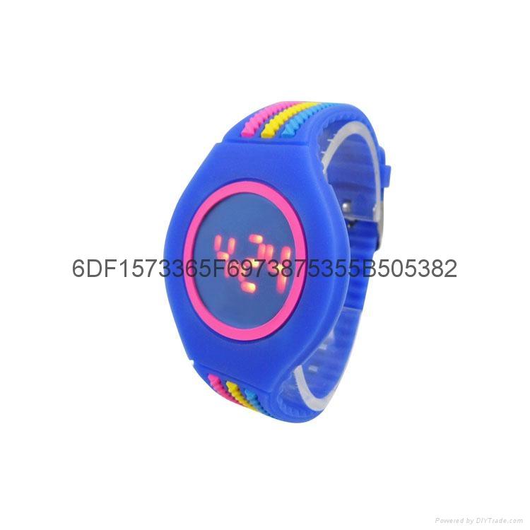 新款時尚超薄LED手錶 4
