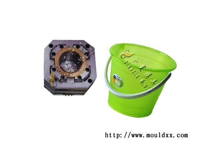 家用塑料桶模具 2