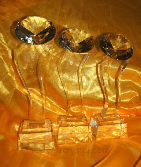 珠海靚飾水晶獎杯定製的水晶獎杯 1