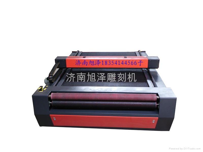 大型激光裁床机 2