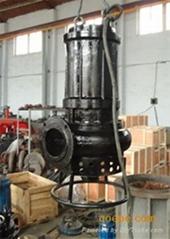 潜水抽沙泵