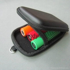 Portable battery case 3 X 18650 battery zipper case