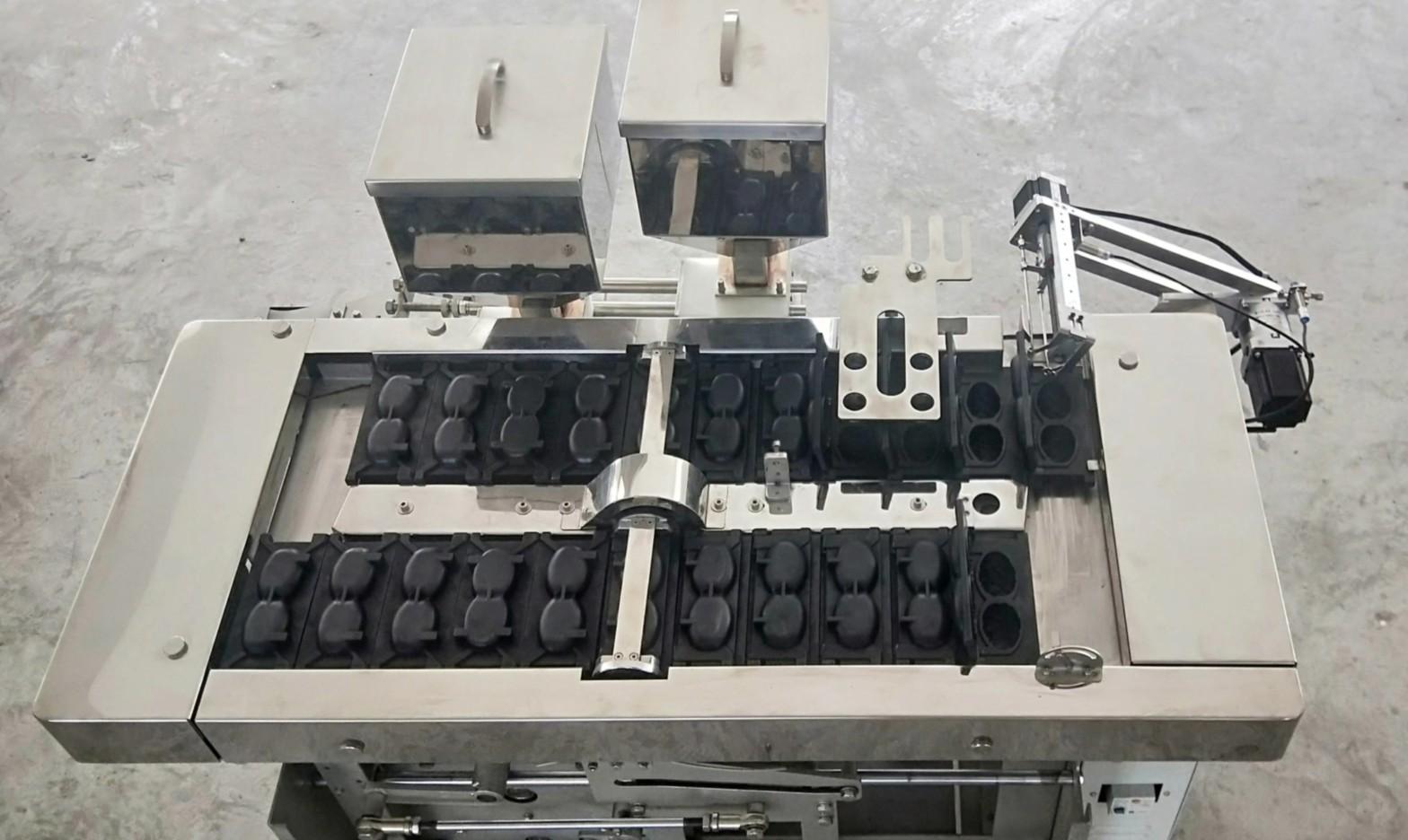 全自动韩国夹心蛋糕机多种模具可更换现烤现卖糕点机 3