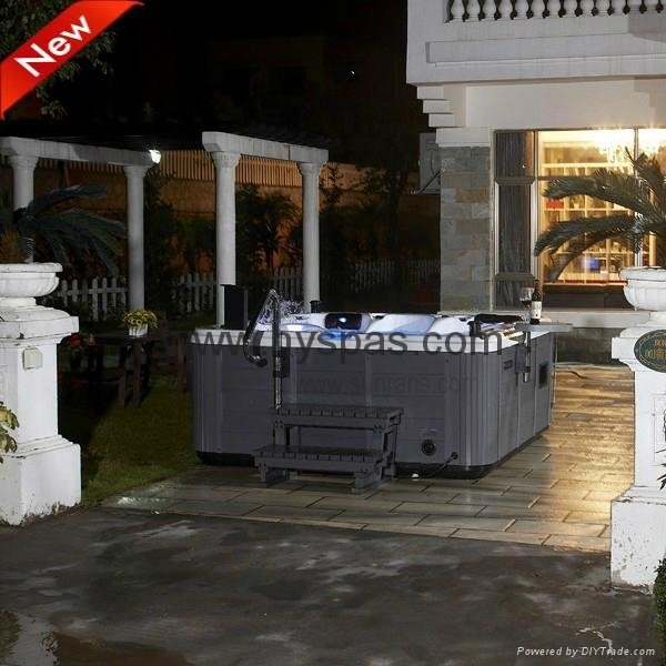 Acrylic Material and Combo Massage (Air & Whirlpool) massage bathtu 3