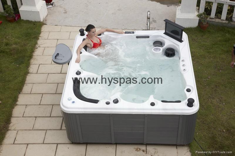 Acrylic Material and Combo Massage (Air & Whirlpool) massage bathtu 4