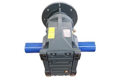 K系列斜齒輪撐傘齒輪減速電機 3