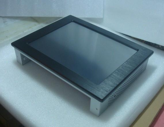 Industrial panel PC with 1024x768 LCD touch screen 3