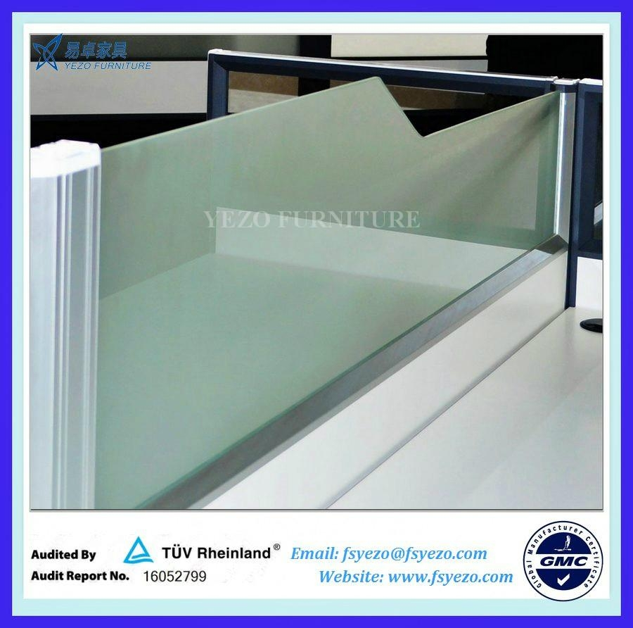 8mm Frosted Glass Office Desk Dividers 5