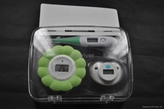 Baby thermometer set