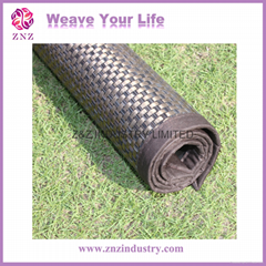 Woven plastic floormat by ZNZ