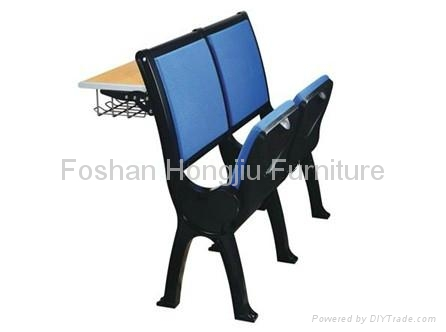 sell lecture chairs and desks   3