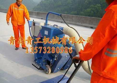 青工垂直移动式路面抛丸清理机 1