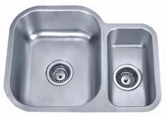 Drawn stainless steel sinks