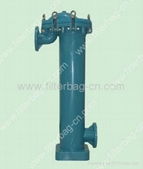 Plastic bag filter housing, plastic bag filter vessel