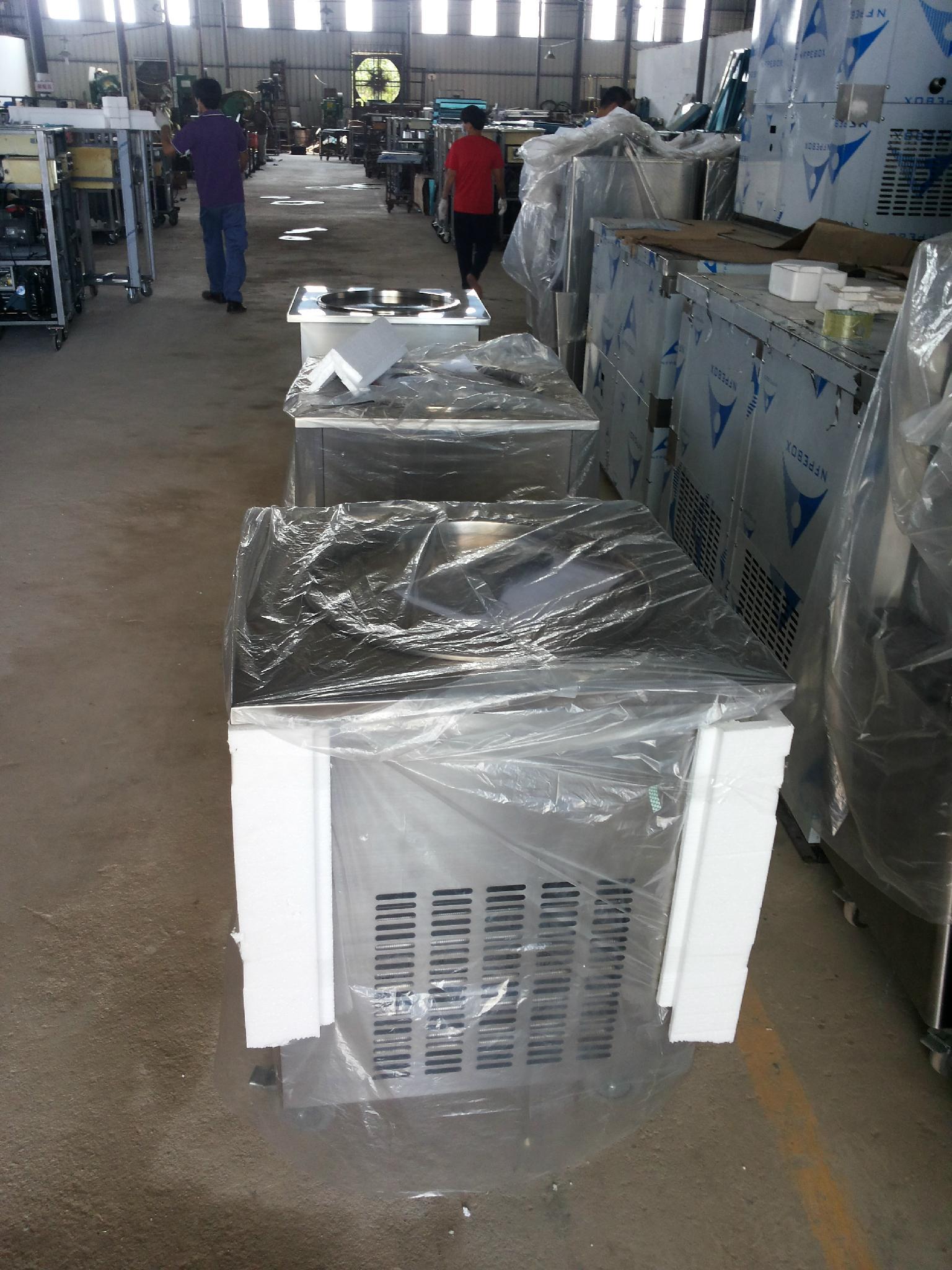 WF900单锅炒冰机冰淇淋机,供应炒冰机