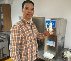 2018新款單頭軟冰淇淋機 臺式商用甜筒雪糕機