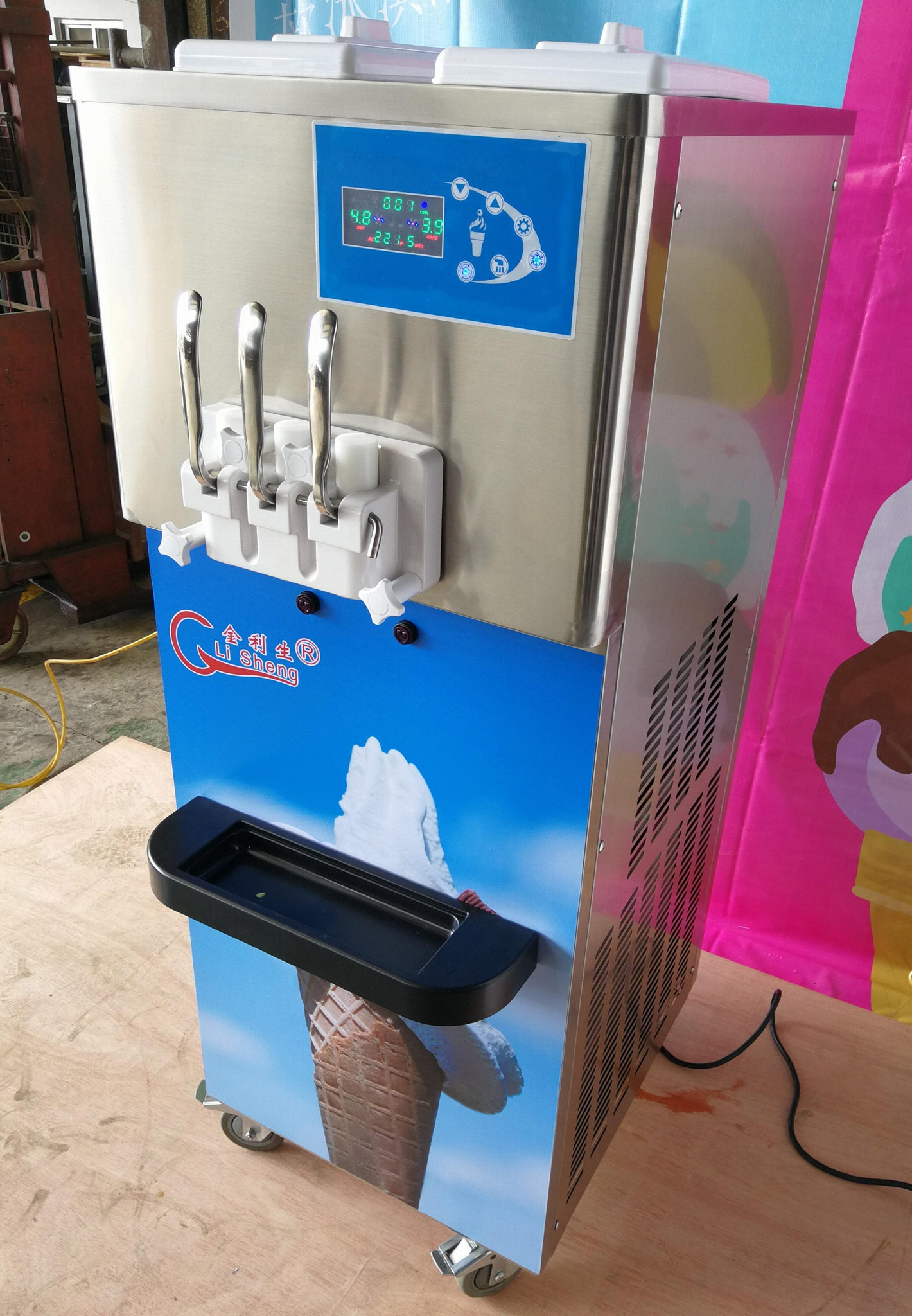 Stainless Steel Beater Commercial 3 Flavor Soft Ice Cream Machine