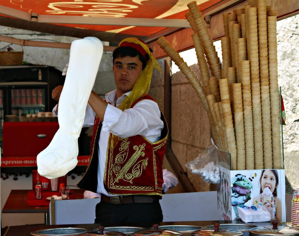 Jin Li Sheng Turkish Ice Cream Machine With 1 Barrels