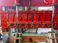 Slotted liner slotting machine