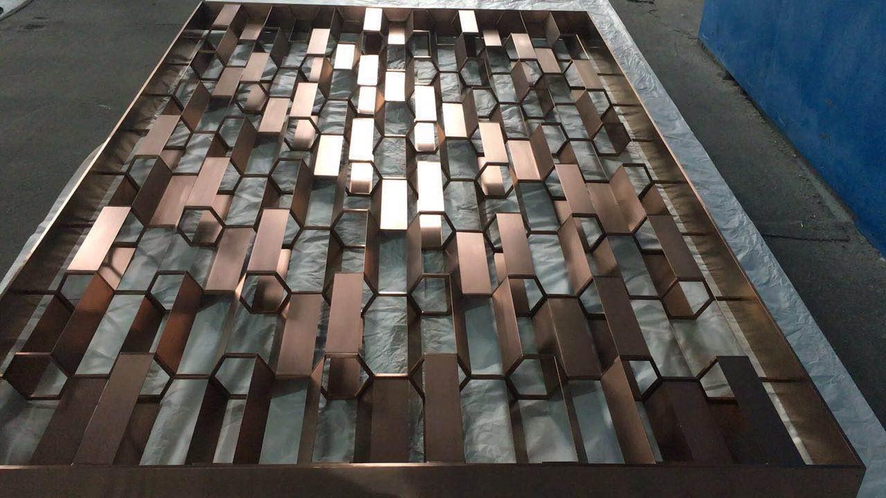 镜面钛金不锈钢屏风加工 4
