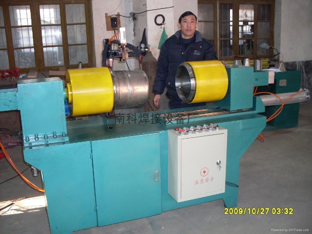 啤酒桶焊接机 1