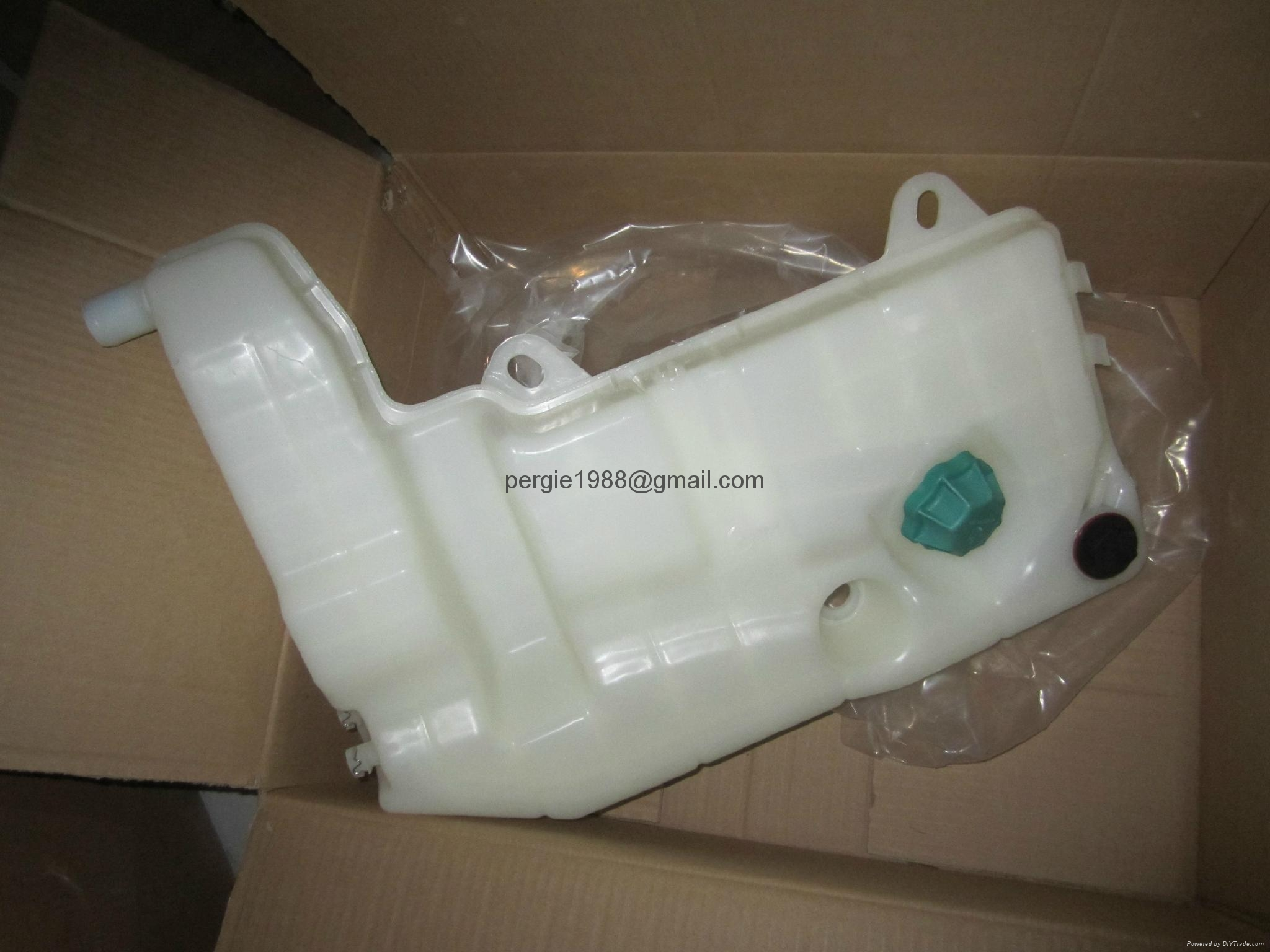 Iveco Stralis Expansion Coolant Water Surge Tank Iveco Stralis 41215631  4