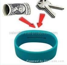 New Arrival silicone bracelets pocketbands hidden pocket 210X30MM