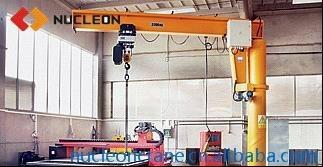欧式立柱式悬臂吊 3