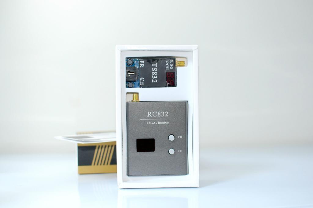 5.8G 600mw 32频道 图传发射接收套装 2