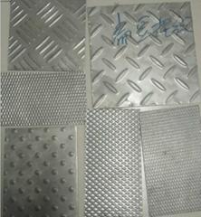 無錫304不鏽鋼花紋板剪折