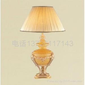 樹脂臺燈 3