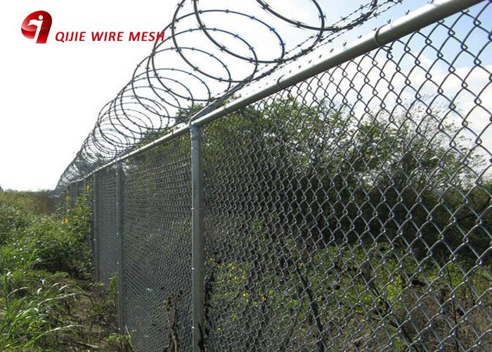 Hot Dipped Ga  anized 9 Gauge Chain Link Fence