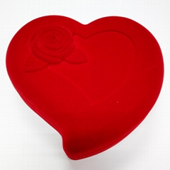 Heart-shaped Velvet Jewelry Box