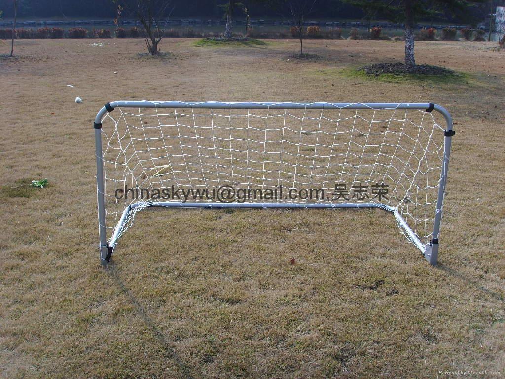 Folding Soccer Goal 1