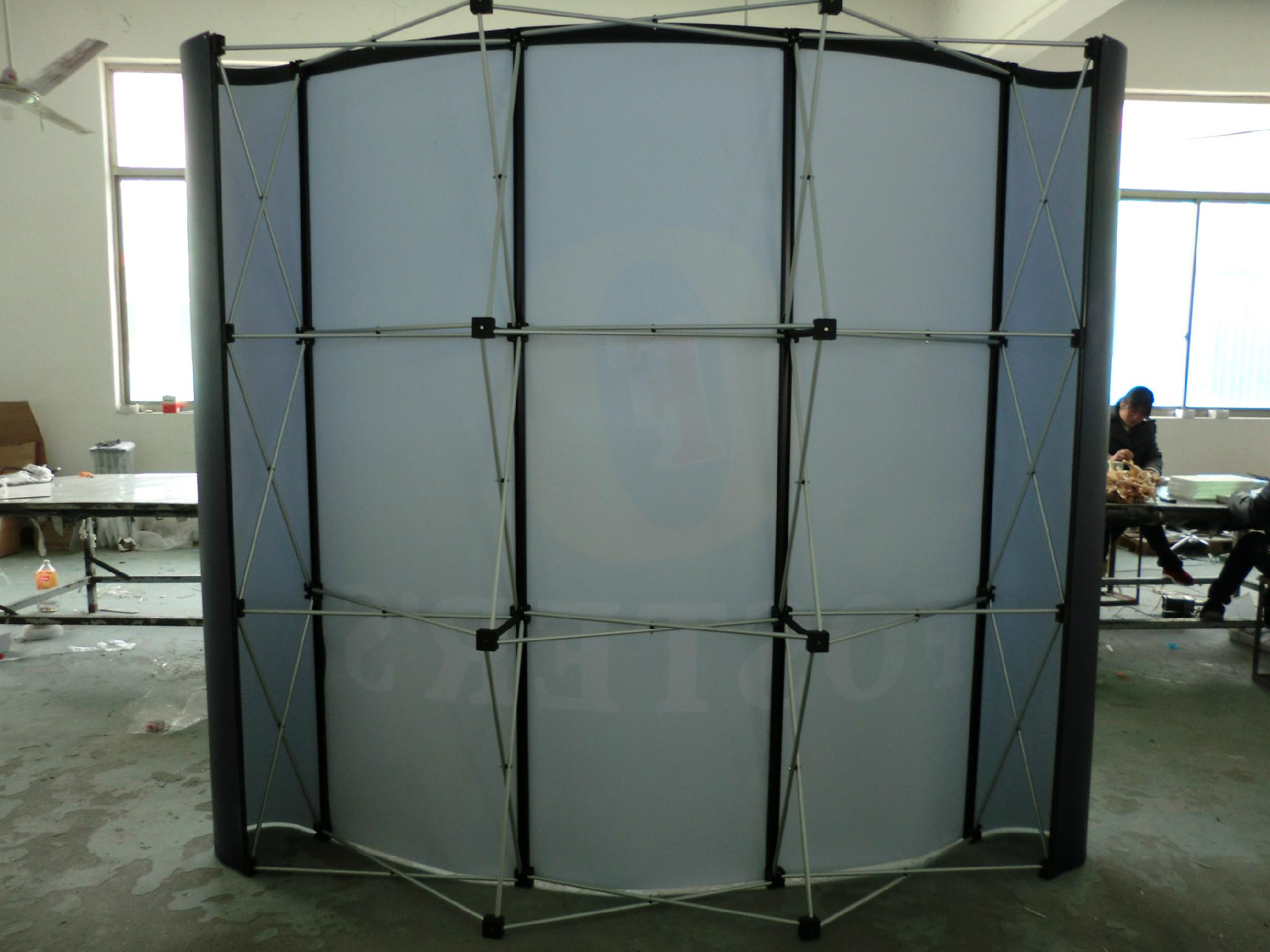 Pop Up Display Stand 2