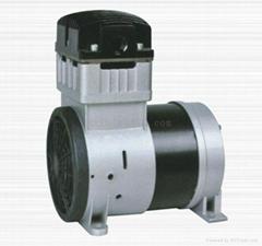 小型無油真空泵