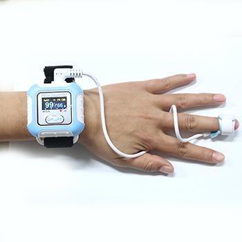 批发OLED屏无线蓝牙腕式血氧仪 2