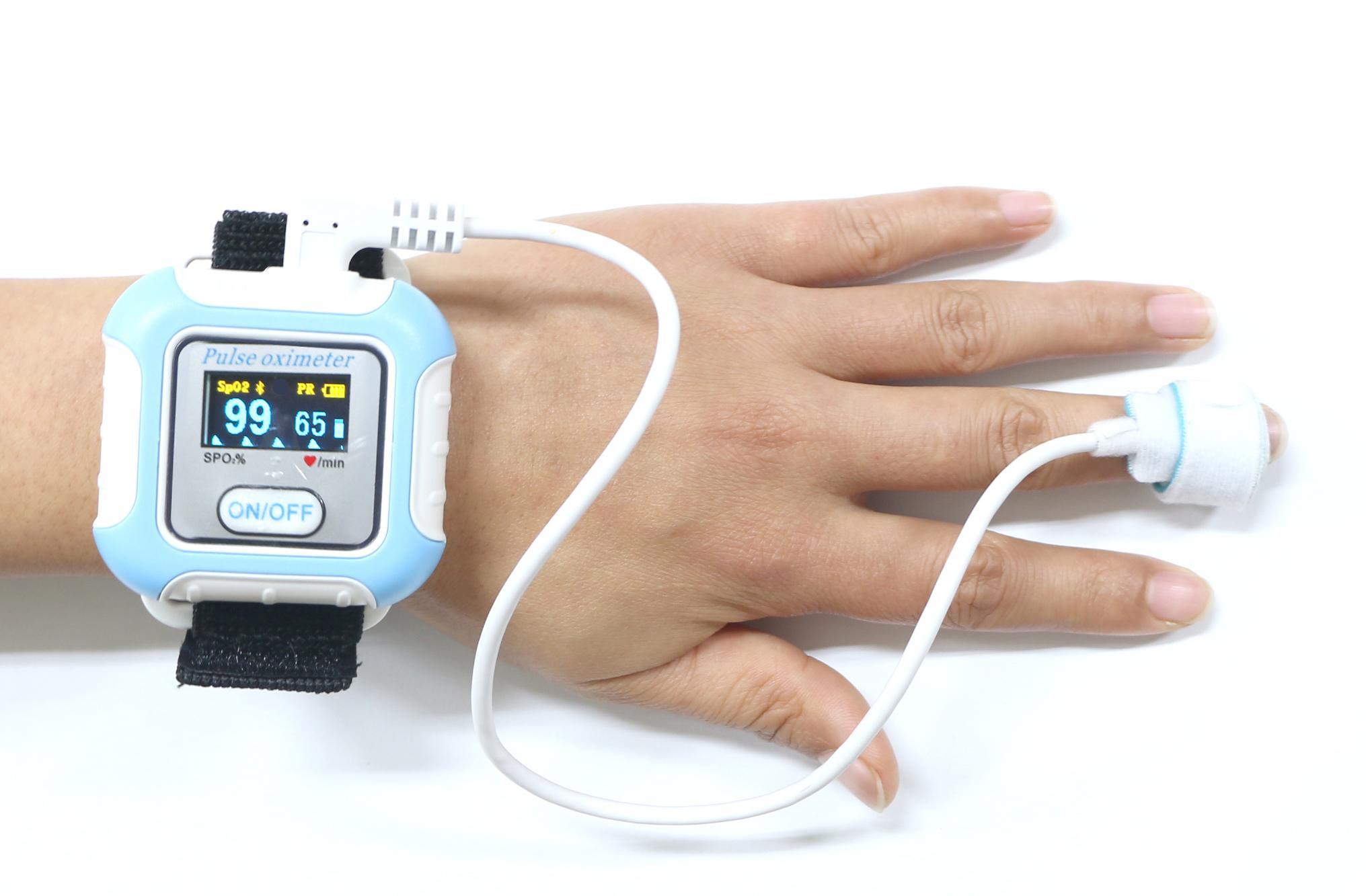 血氧傳感器LCD屏醫用睡眠藍牙腕部脈搏血氧儀 3