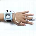 贝瑞腕式安全便宜的手指脉搏血氧仪