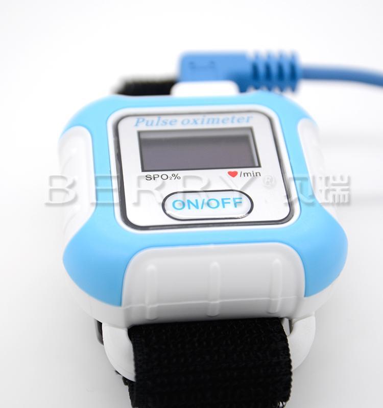 全新液晶彩色显示LCD屏腕式睡眠蓝牙脉搏血氧仪 5