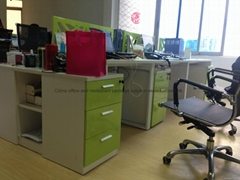 German New Green White Office Desk Group Design in Guangzhou