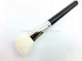 Cosmetic blush brush, Angle blusher brush