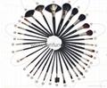 Professinal makeup brush