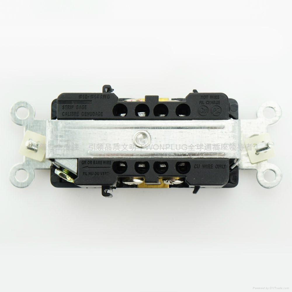 15A 250V 雙聯插座 3