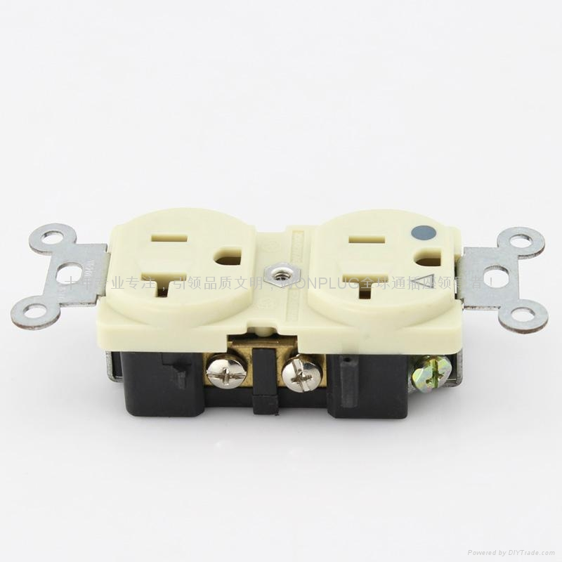 插座轉換器