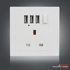 英规86型墙壁插座 强劲3USB带开关