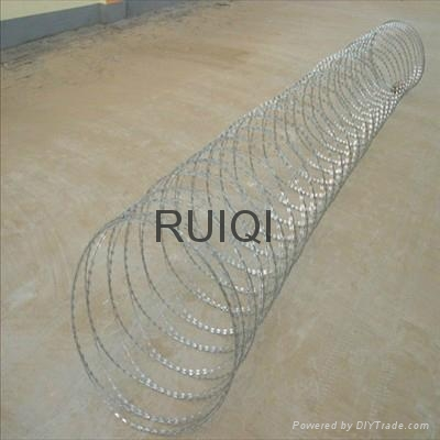 Heavy Ga  anised Concertina Razor Wire Barbed Tape Security Fencing 3